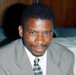 Le révérend chanoine John Kapya Kaoma (Photo de BU.edu)
