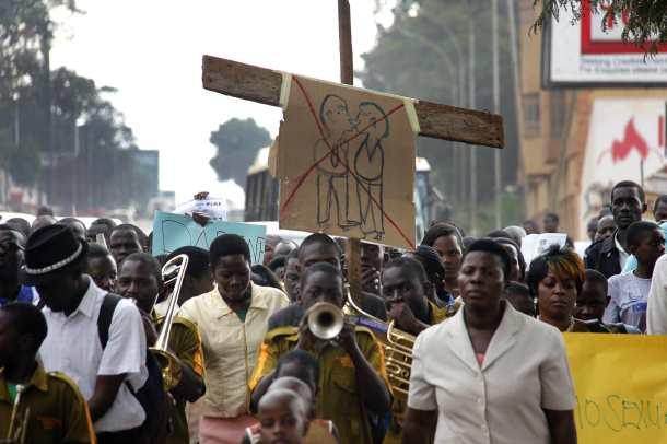 Des manifestants contre l'annulation de la loi anti-gay, le 11 août, à Kampala (Photo de Isaac Kasamani/ANP via WAZAOnline)