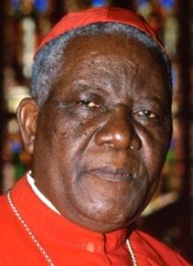 Cardinal Christian Tumi, archevêque émérite de Douala: L'homosexualité est « une chose abominable et ... une menace » . (Photo de LeffortCamerounais.com)