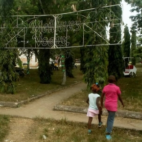 Douala: 2 femmes arrêtées et torturées pour unebalade