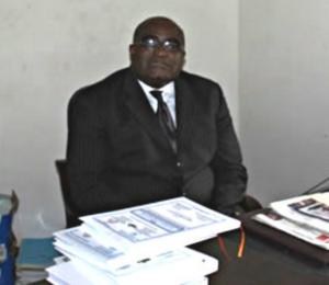 Pascal Charlemagne Professeur Messanga Nyamding est un enseignant politologue à l'Institut des Relations Internationales du Cameroun.