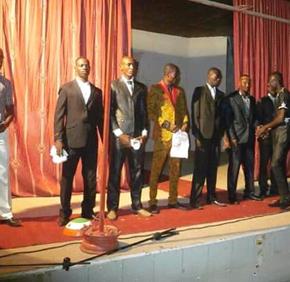 L'Etat nigérien délaisse un festival traditionnel de beautémasculine