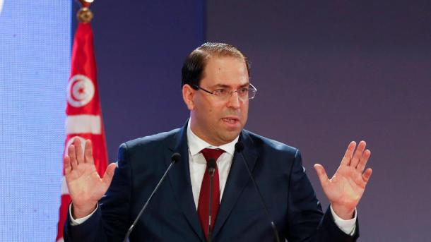 Le premier ministre tunisien, Youssef Chahed, mis à mal par la communauté internationale. (Photo par The National)