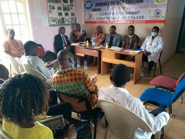 Conférence débat du 15 juillet sur Covid-19 et les défenseurs des droits humains. (Photo par Courtney Stans)